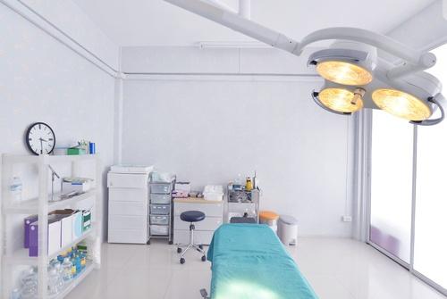 surgery center room.jpg